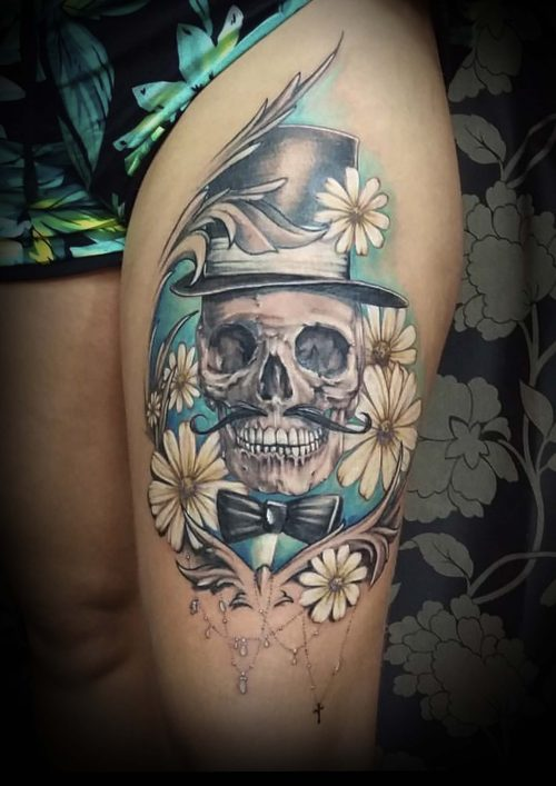 skull with white flowers